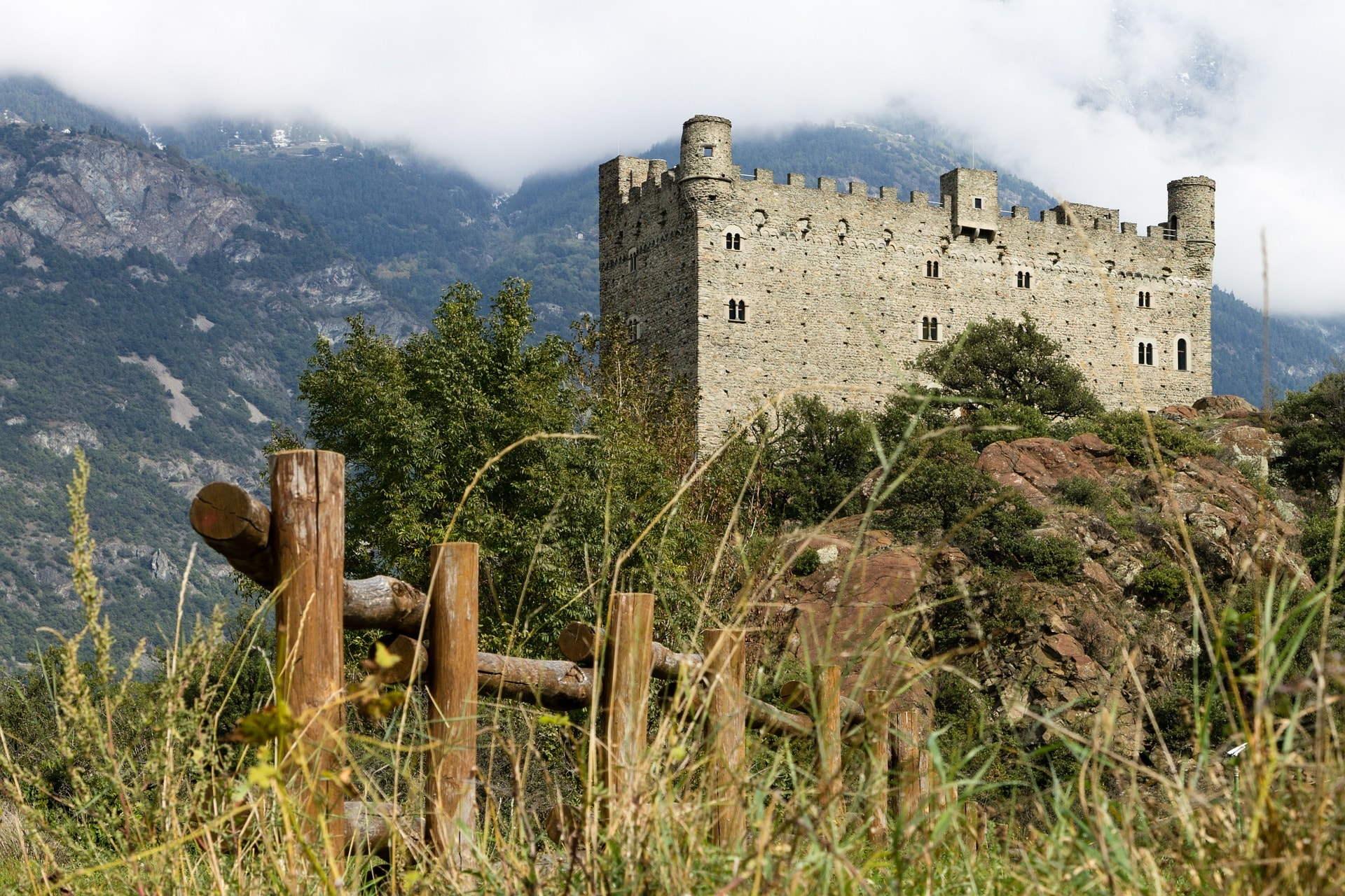 chateau ussel vallee d Aoste